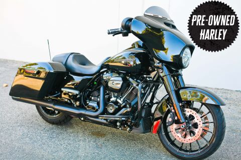 Pre-Owned 2018 Harley-Davidson Touring Street Glide Special FLHXS
